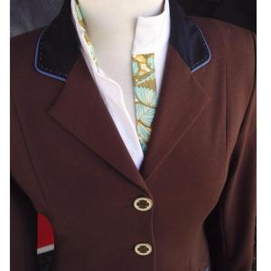 Renard et Cheval show coat in brown. Photo Credit: Equestri Lifestyle Facebook page.